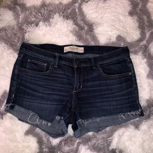 Abercrombie & Finch Cuffed Jean Shorts Sz 10